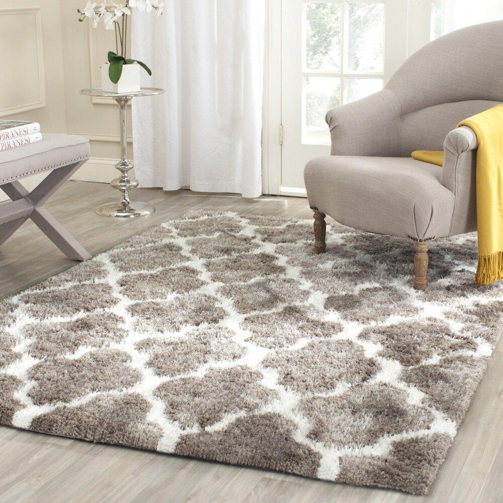 Safavieh barcelona silverwhite area rug
