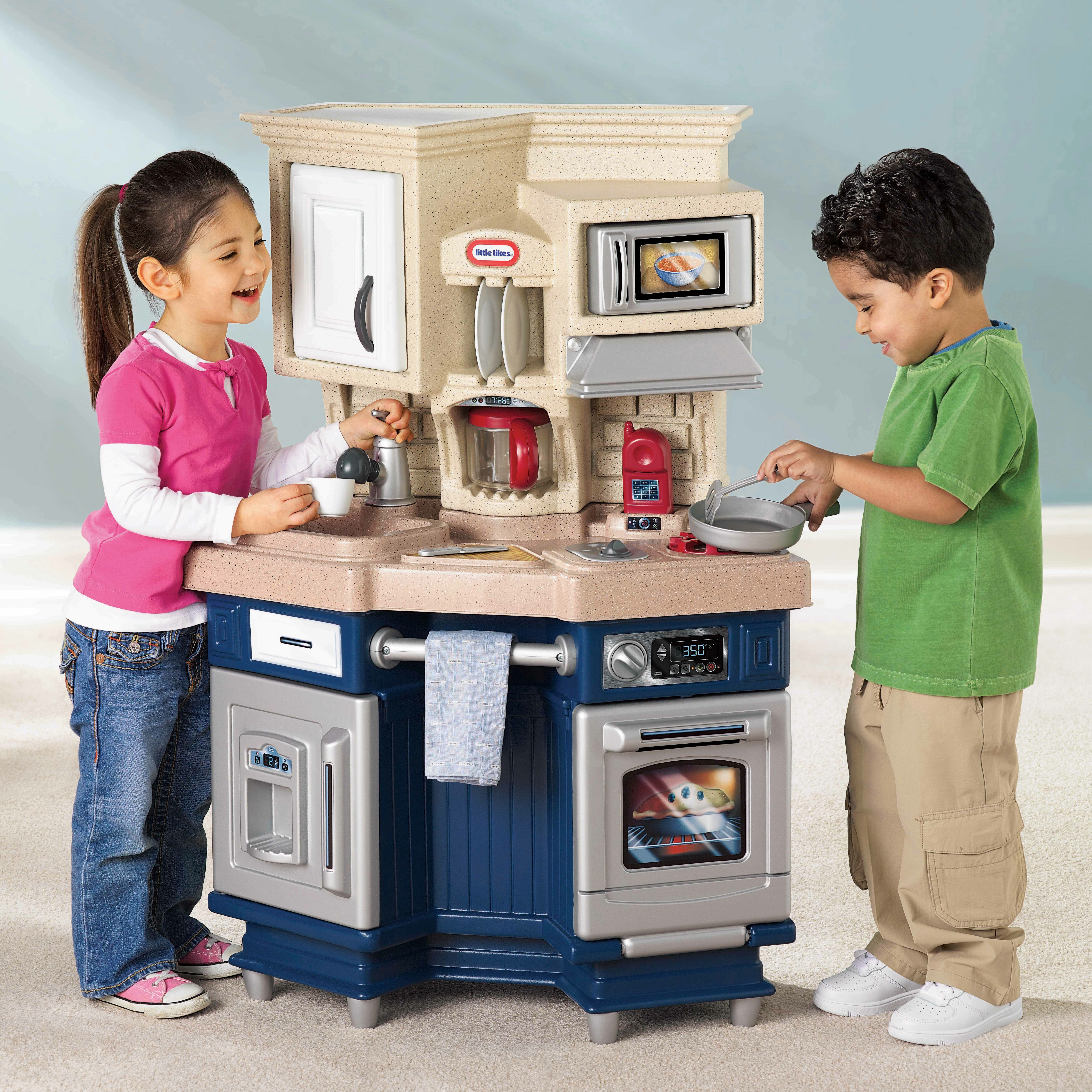 Little Tikes Outdoor Kitchen Little Tikes Role Play Super Chef Kitchen Reviews Wayfair