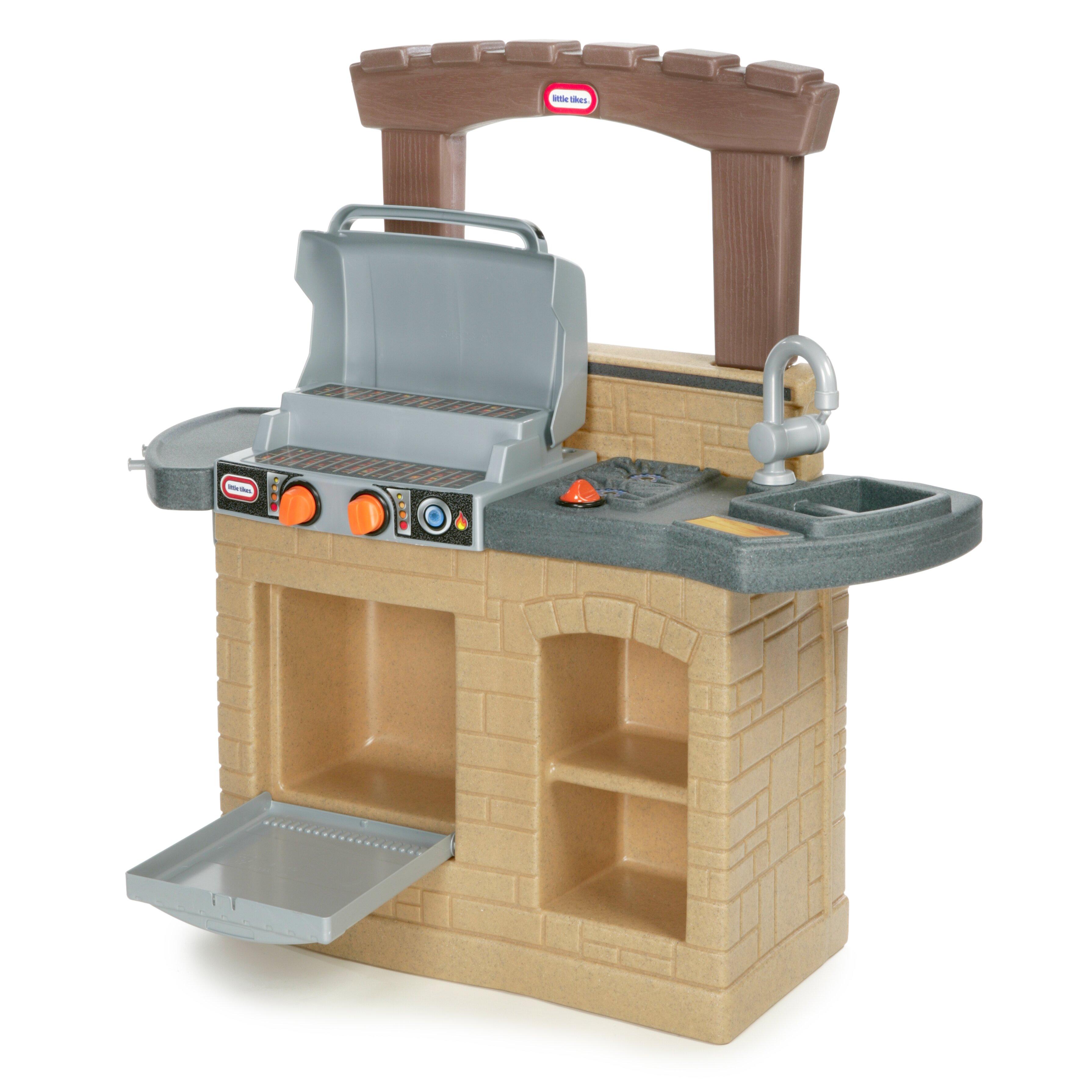 Little Tikes Outdoor Kitchen