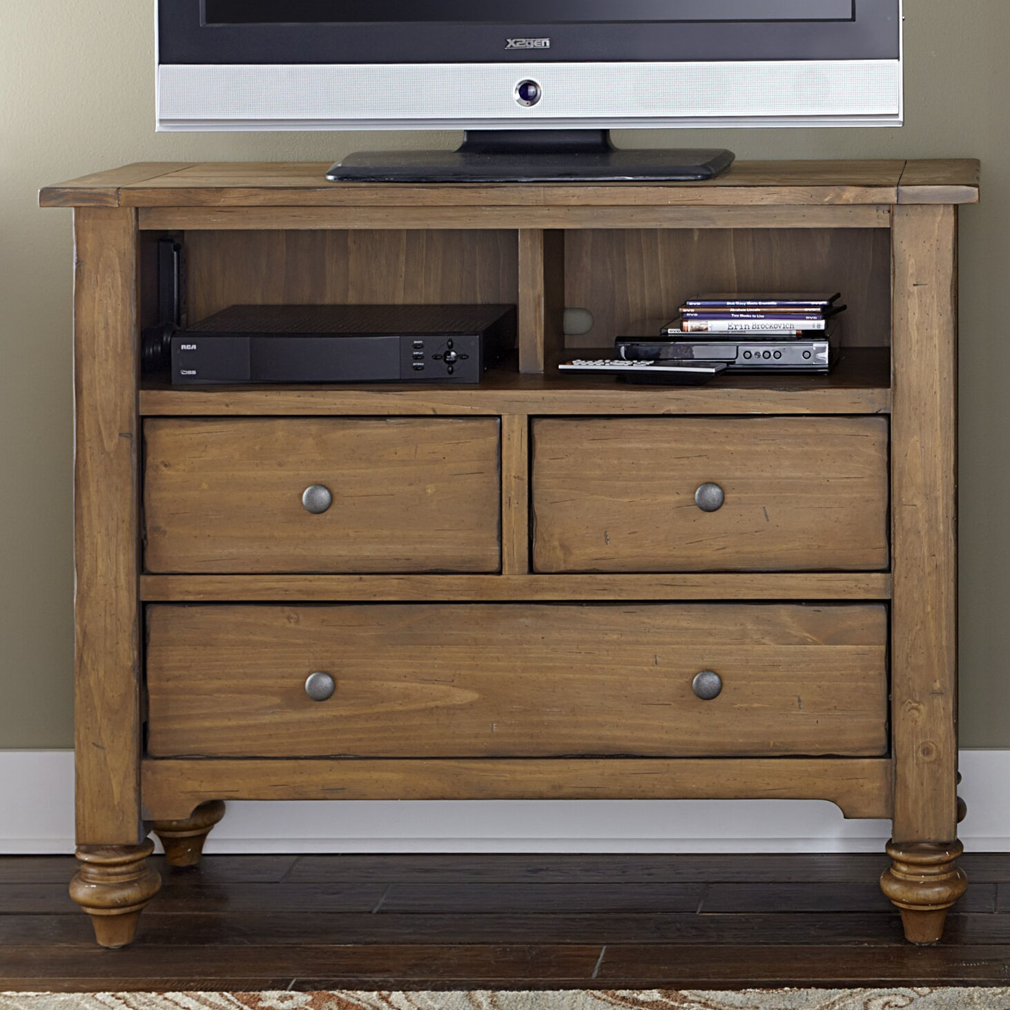 Liberty Furniture Southern Pines Ii 3 Drawer Media Chest
