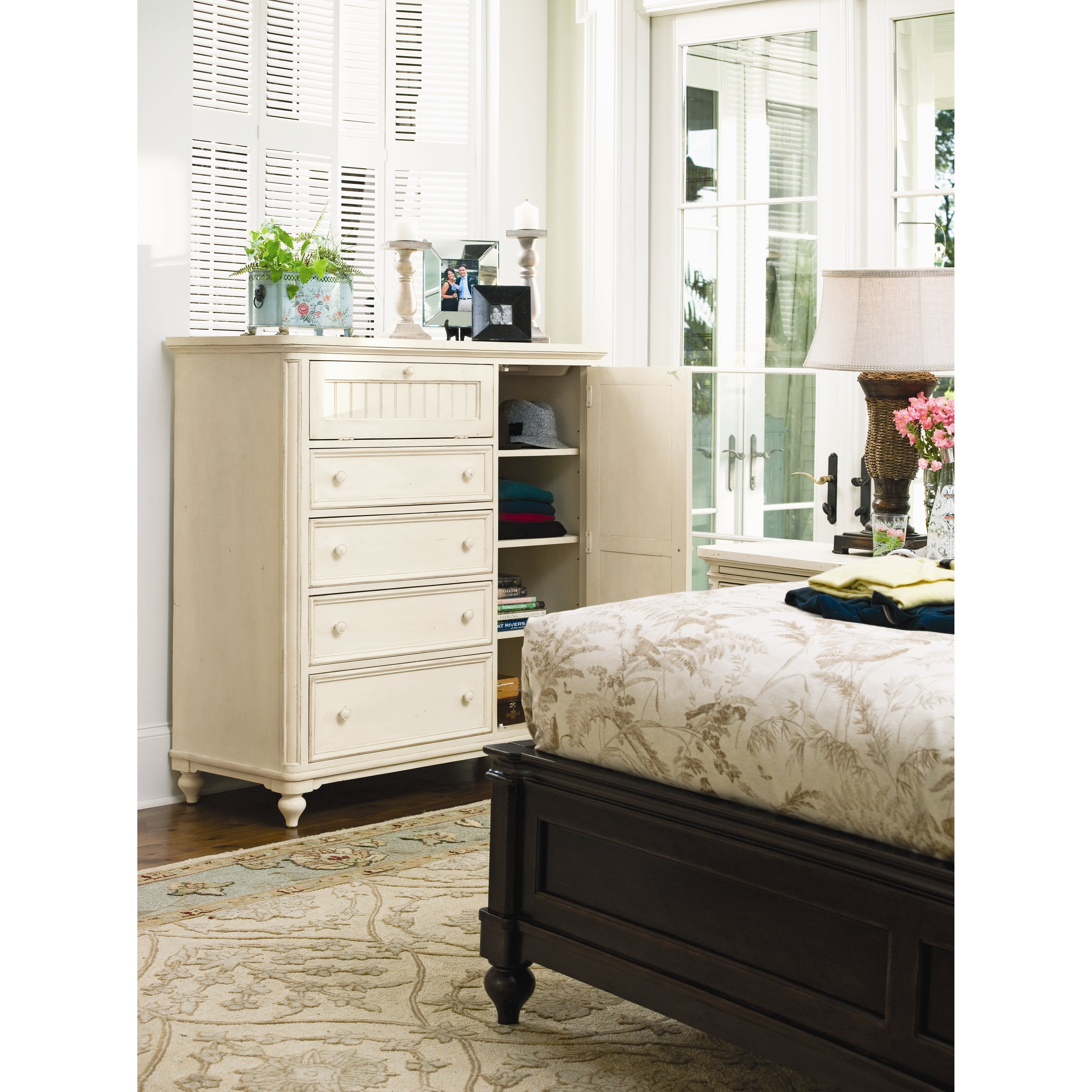 Paula Deen Bedroom Furniture Collection Steel Magnolia Paula Deen Home Steel Magnolia 4 Drawer Gentlemans Chest