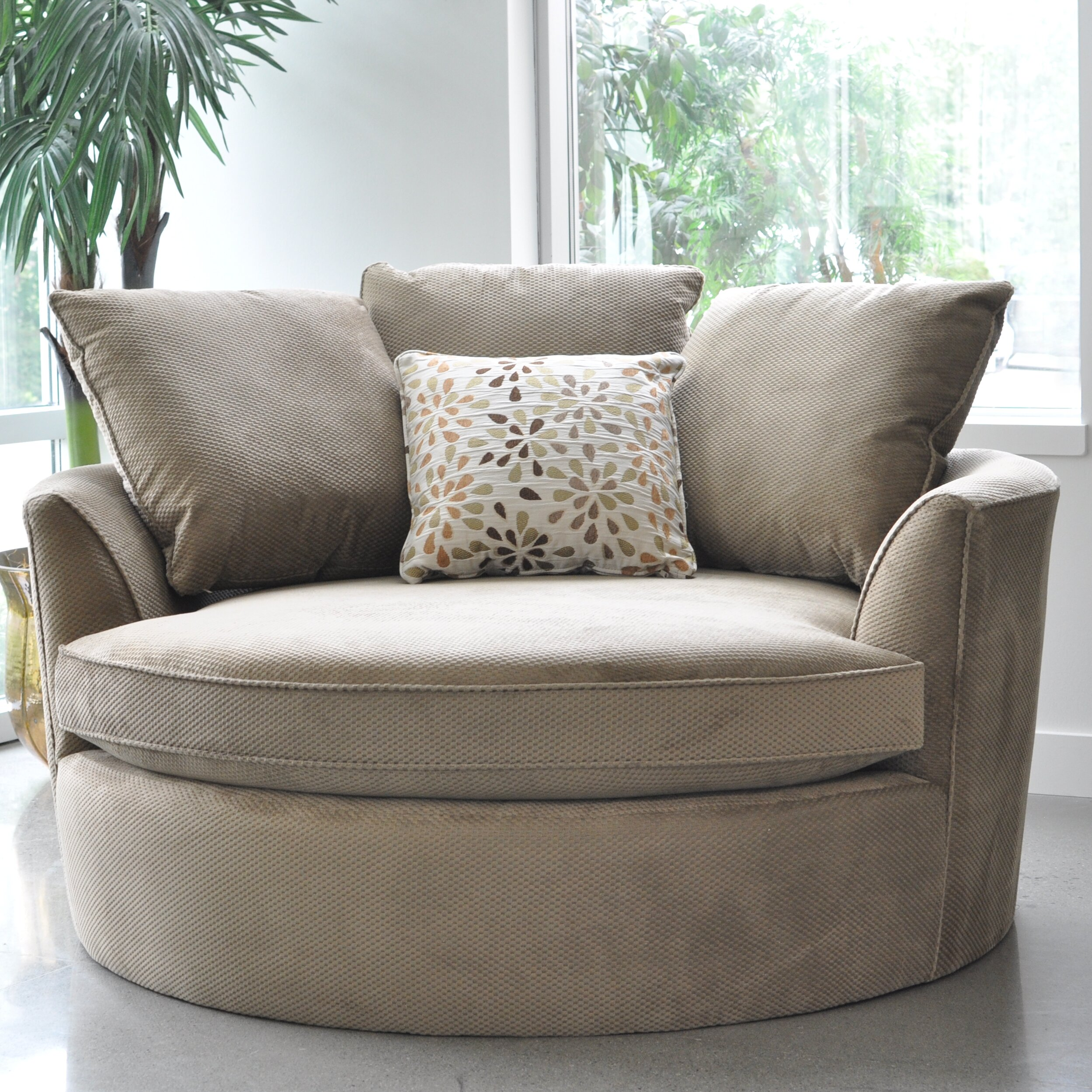 Sofas to Go Cuddler Barrel Chair