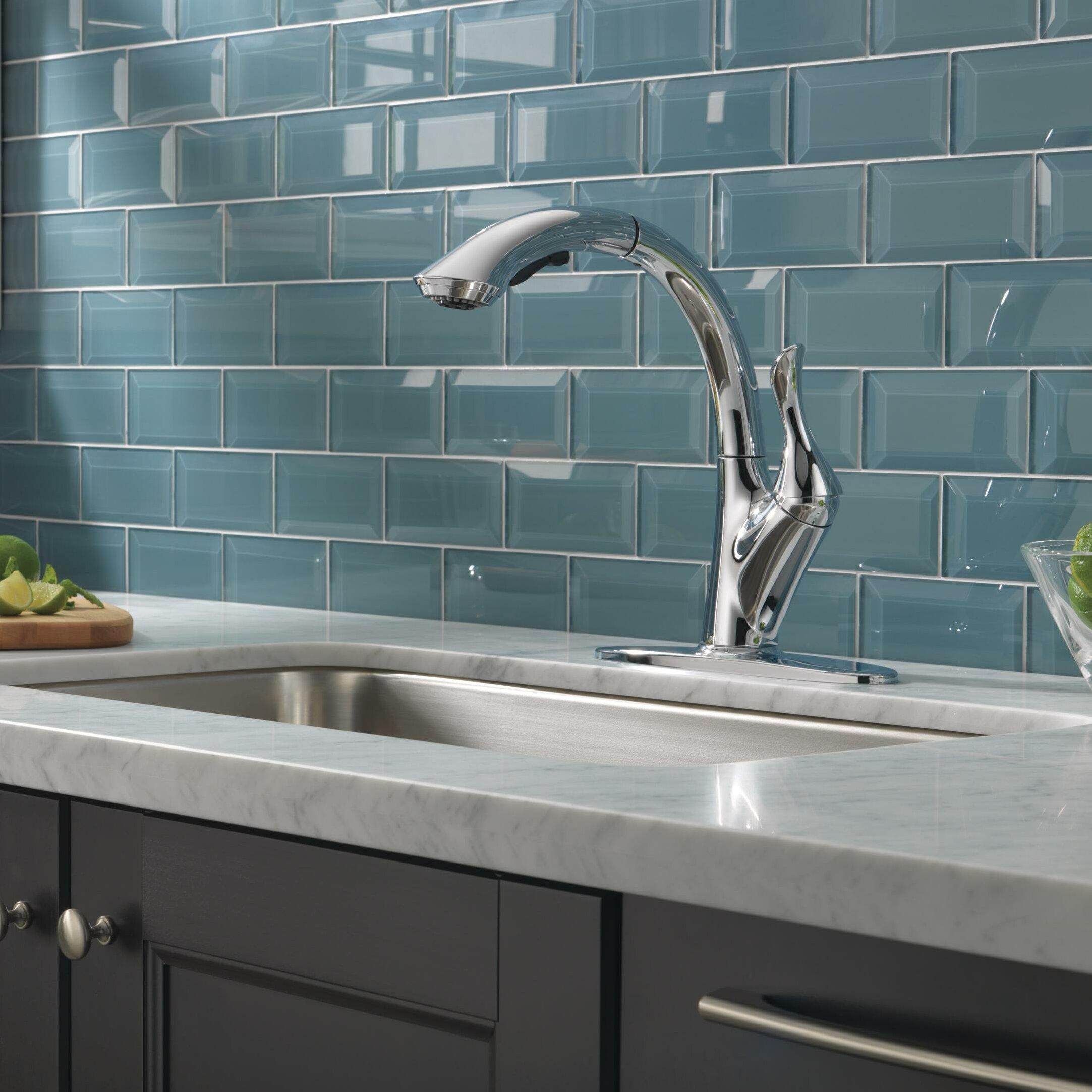 Delta Kitchen Faucet Reviews Delta Linden Single Handle Pull Out Standard Kitchen Faucet